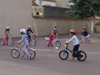 Du vélo à l'école