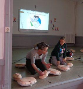 Initiation aux gestes de premiers secours pour les écoliers de Vichy
