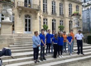 Les classes défense de Montluçon à L'Hôtel de Matignon et à l'Hôtel de Brienne